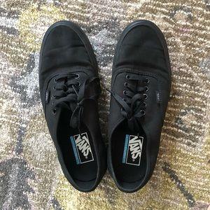 Vans ultracush tennis shoes